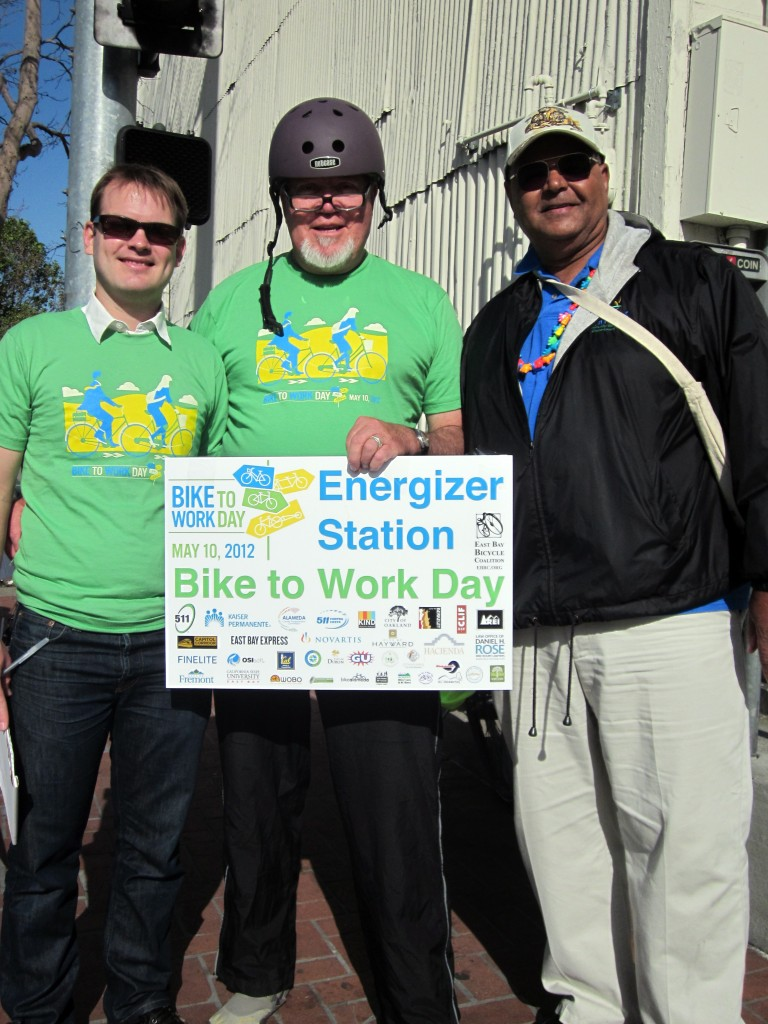Emeryville and Oakland Celebrate Bike-to-Work Day!